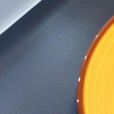 Guminis kilimėlis lygaus audinio paviršiumi